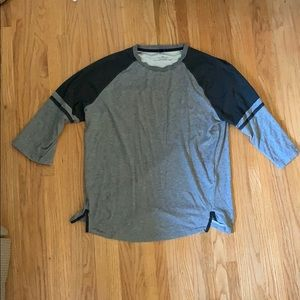Oakley 3/4 sleeve shirt